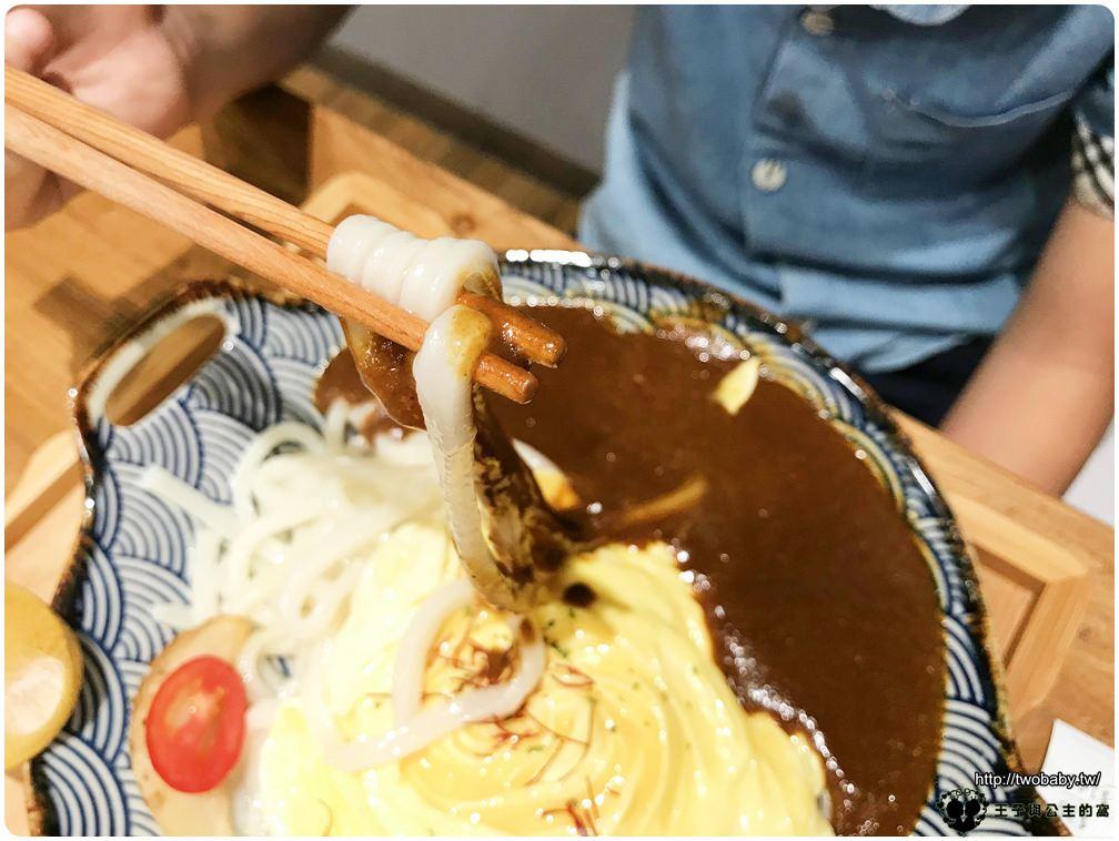 台中美食|台中平價咖哩|日光造咖 咖哩製造所-精明店 客製咖哩專賣店